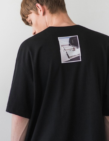 LATE T-SHIRT [BLACK]